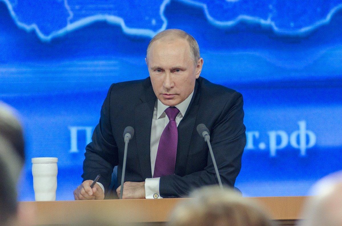 Путин дал поручения по снижению цены ипотеки и повышению ее доступности